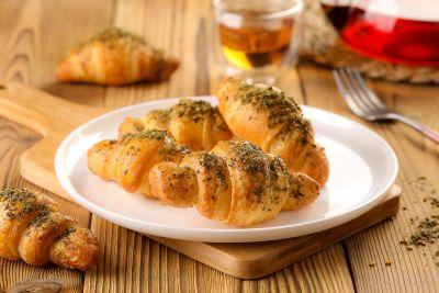 Croissants Zaatar - Frozen